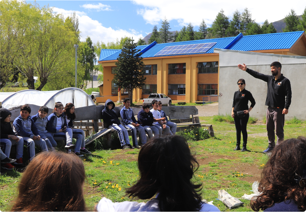 """The school, which used to rely on firewood, now relies mostly on the use of geothermal energy. Students no longer suffer from """"energy poverty"""" (image: )"""
